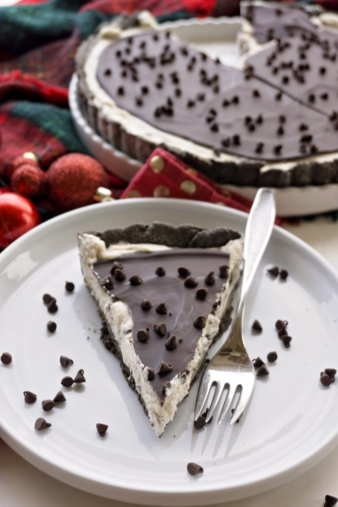One piece of Chocolate Cannoli Tart on a plate