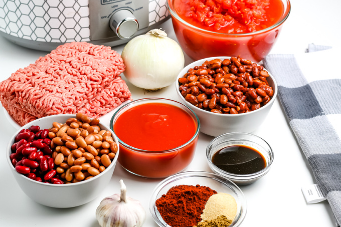 All of the ingredients needed to make easy crockpot chili.