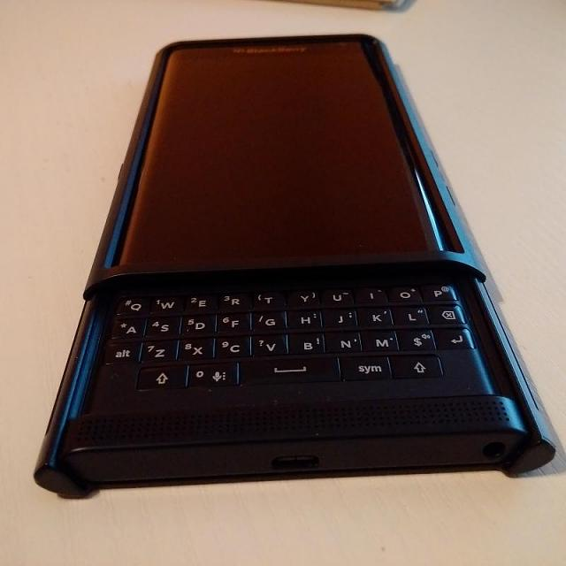 Slideout Hard Shell Case For Priv Blackberry Forums At