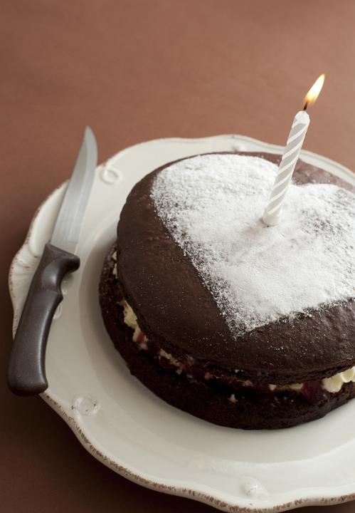 Image Of First Anniversary Cake With A Heart Freebie