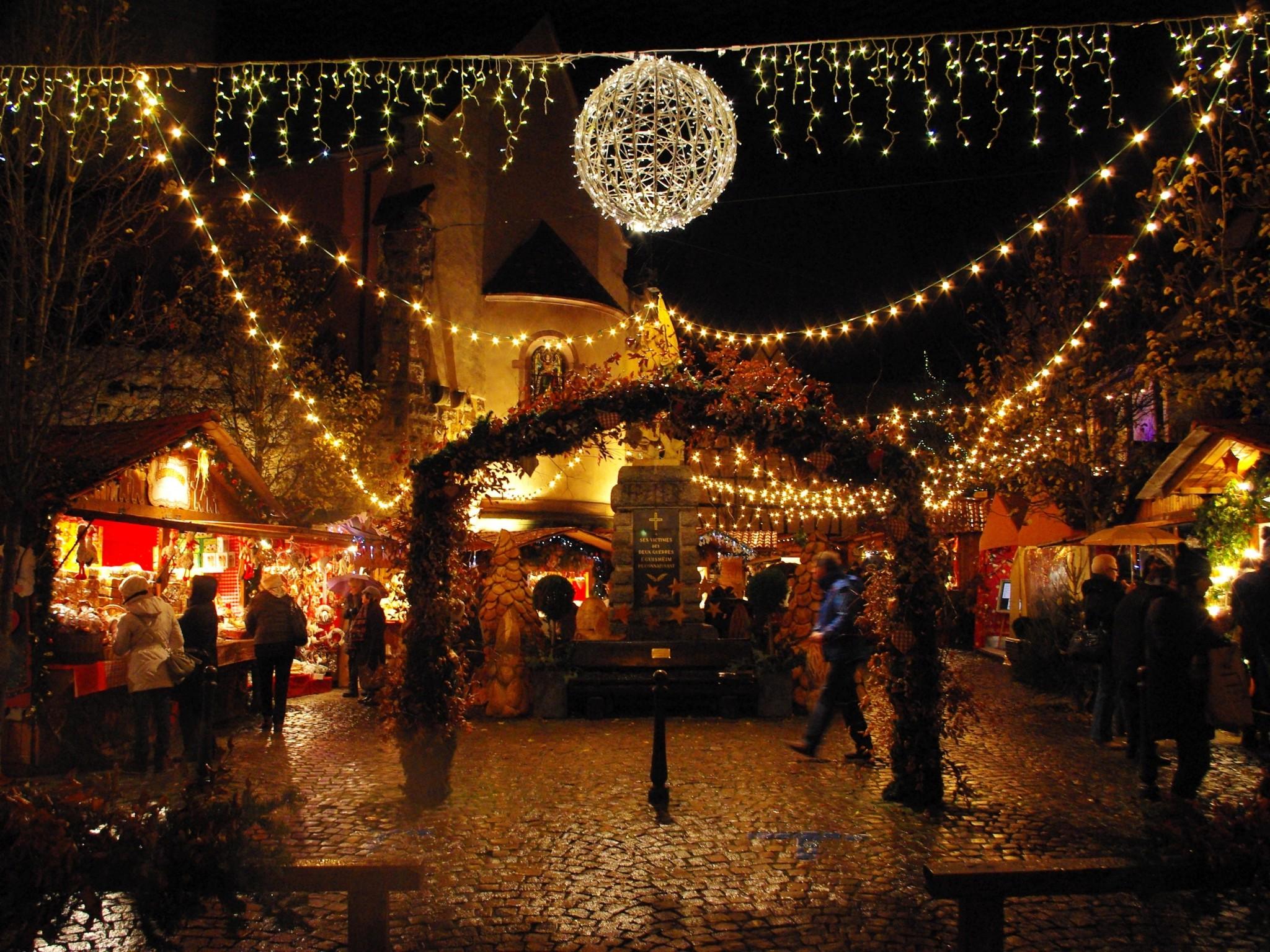 Wall Art Christmas Lights