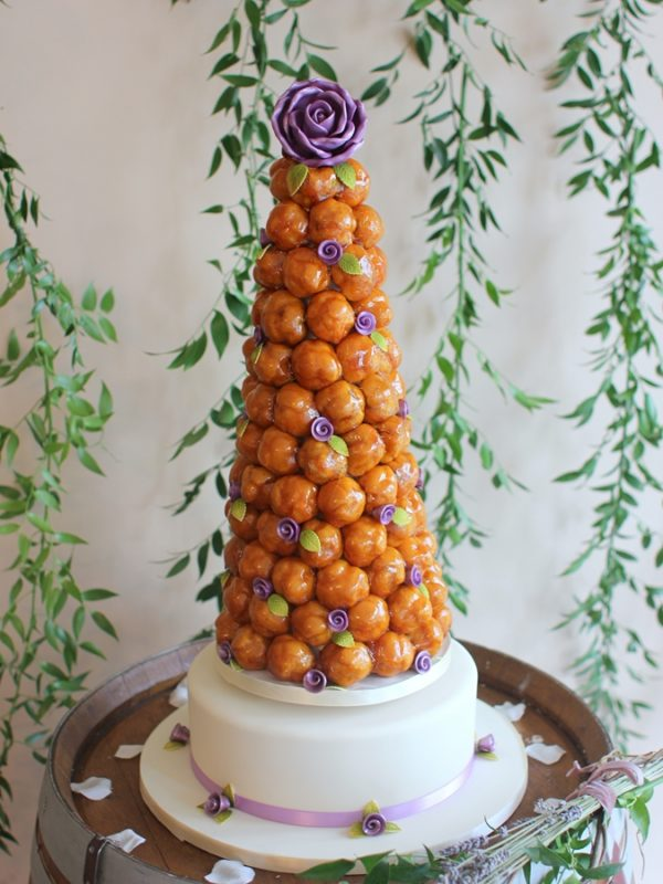 croquembouche  french wedding cake   French Wedding Cakes