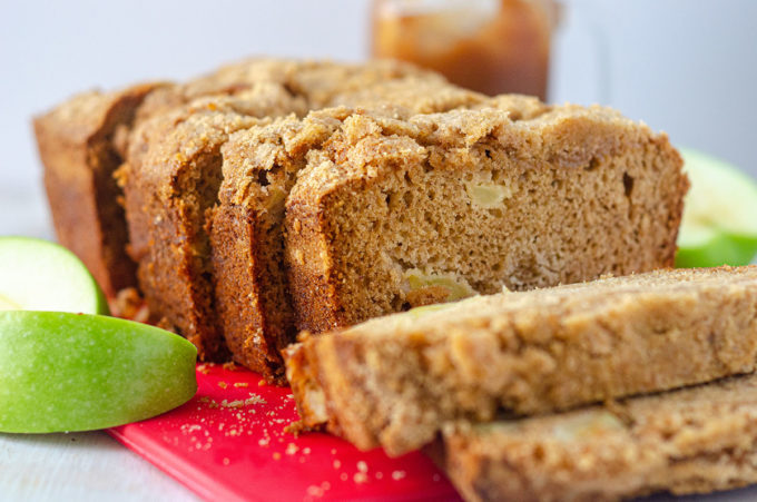 Apple Cinnamon Streusel Bread: This moist and tender quick bread is full of tart, chunky apples and topped with a crunchy, melt-in-your-mouth cinnamon streusel. A great fall staple for your oven!