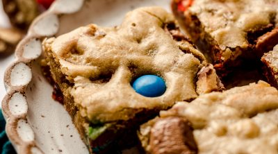 candy bar blondies on a plate