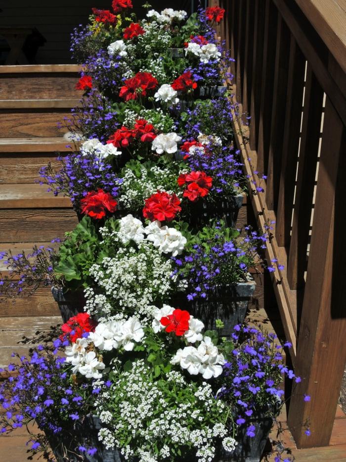 Front Garden Decor