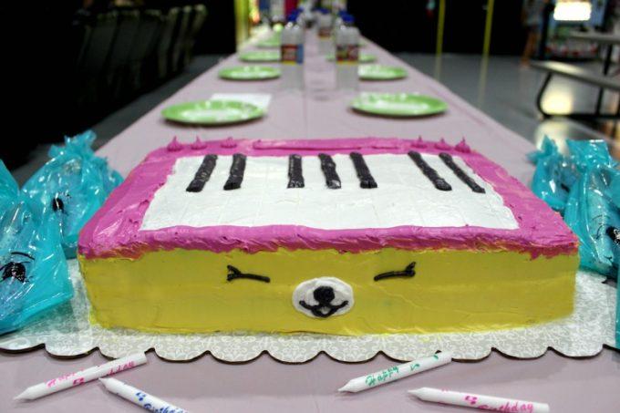 shopkins-cake-fail