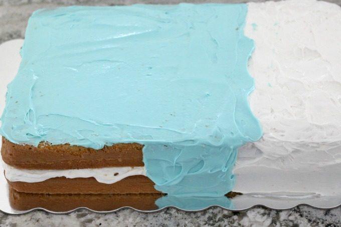 A Moana birthday cake also needs plenty of blue water