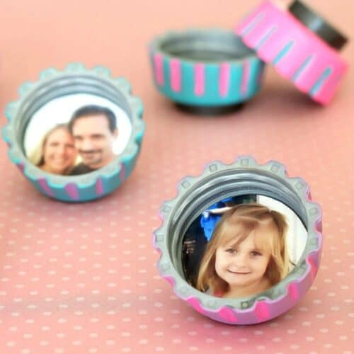 Bottle cap magnets for Mother's Day
