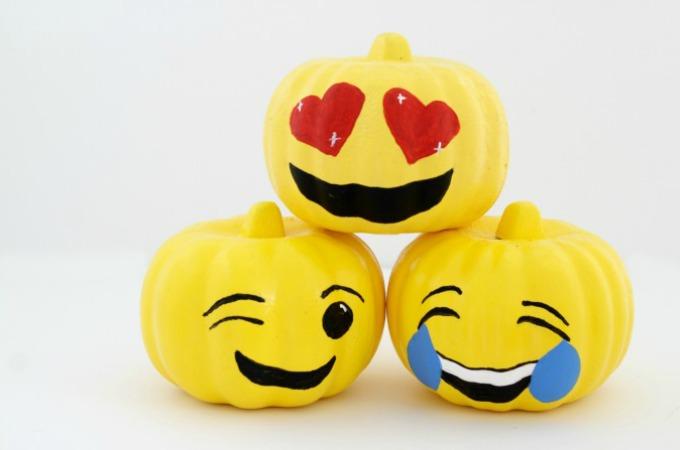 Emoji no carve pumpkin ideas