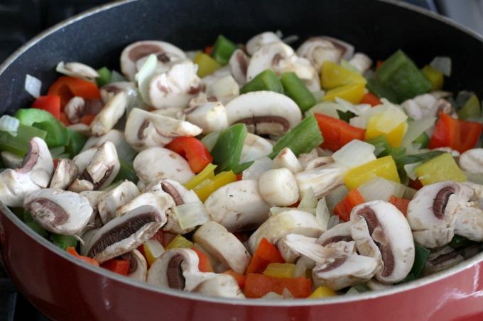 A good Fajita Breakfast Casserole has lots of mushrooms too.