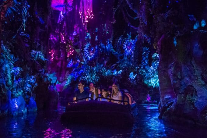 Na'vi River Journey is a relaxing ride through a beautiful bioluminescent rain forest