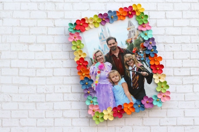 Kids will love how their pretty picture frame craft turned out