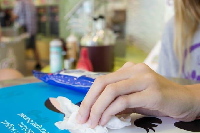 Nice 'n CLEAN wipes kill 99.9% of bacteria