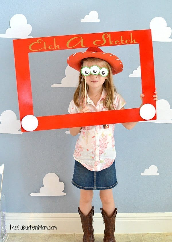 Toy-Story-Etch-A-Sketch-Photobooth