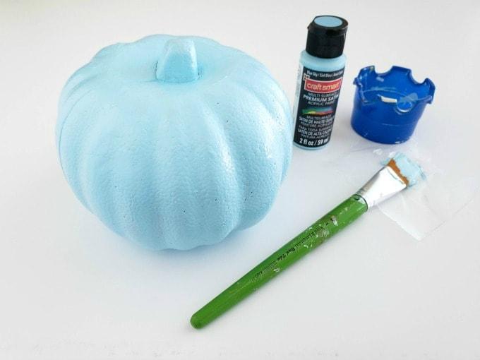 Blue pumpkin for butterfly craft