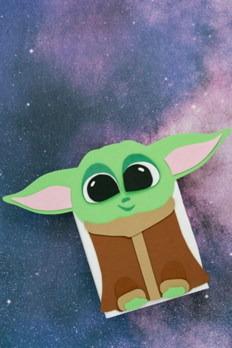 Baby Yoda Valentine Box galaxy background 600