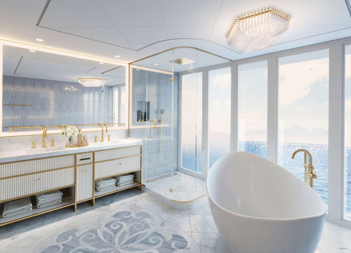 Bathroom in the royal suite