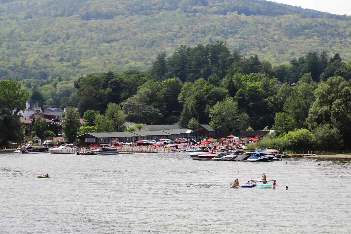Water sports on Lake George