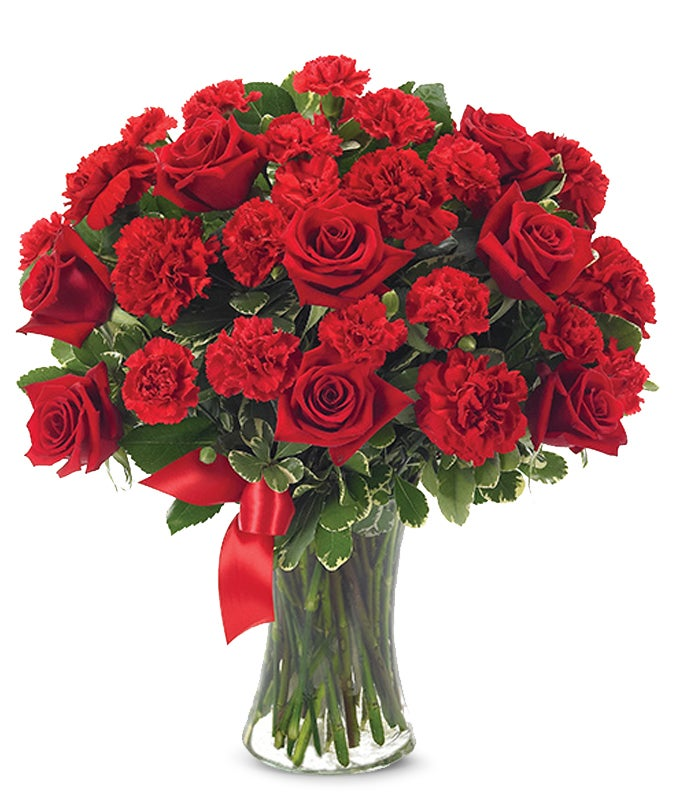 Love Flowers   Romantic Flowers   FromYouFlowers Red roses and carnations in glass vase
