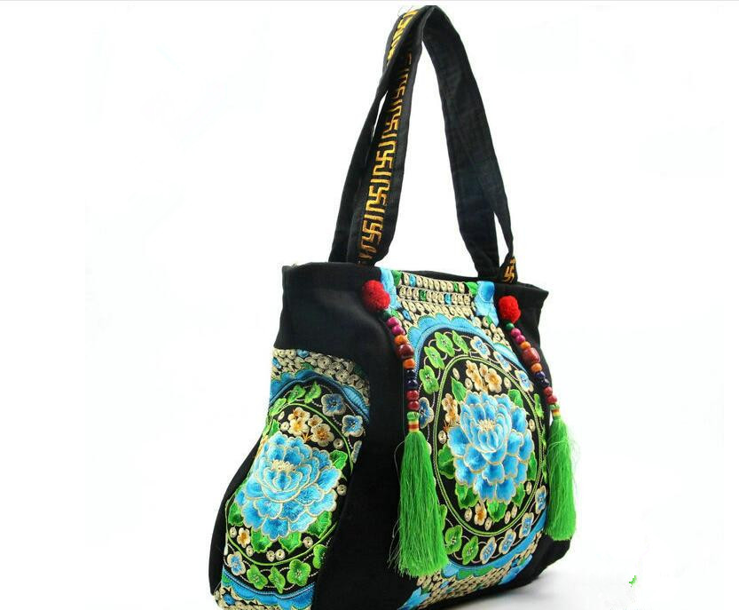 51bdc771cf295 حار أعلى جودة المرأة التطريز المطرزة الوطني أكياس عارضة حقيبة الكتف شرابة  حقيبة الوطنية حقيبة