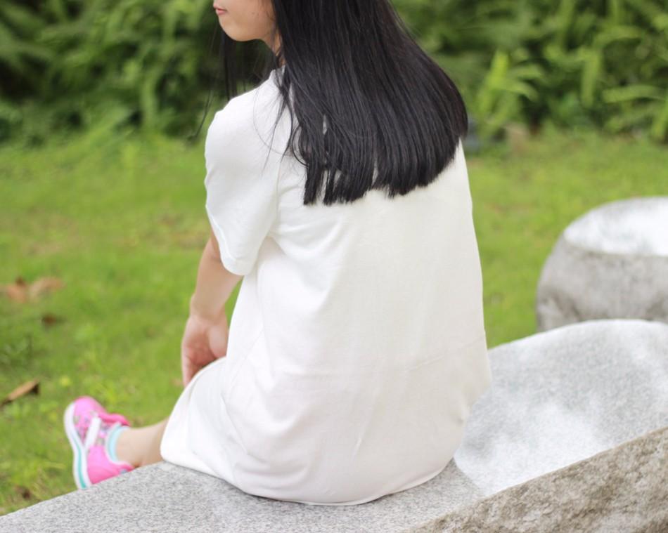 833121be88dfd جديد نمط عارضة ملابس النساء اللباس س الرقبة أنيقة الصين نمط القطن الكتان  فضفاضة الإناث قصيرة الأكمام الكتان اللباس