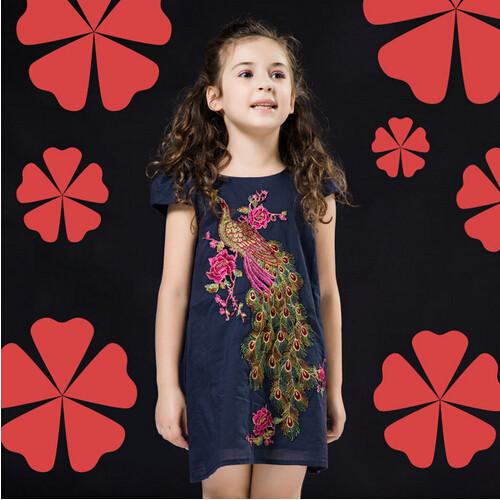c0d692f8ad41f Hurave جديد أزياء اطفال بنات الصيف الترفيه الملابس 2 قطع مجموعات تنورة مع  قميص الدعاوى الملابس مجموعات
