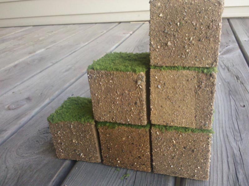 Minecraft Inspired Grass Cube Gadgetsin