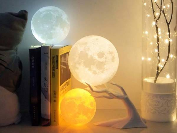 3d Printed Moon Led Mood Lamp Gadgetsin