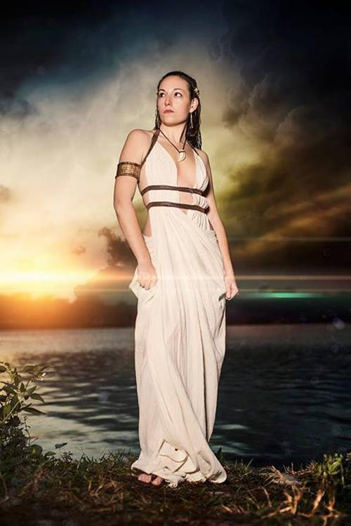 Queen Gorgo From 300 Cosplay