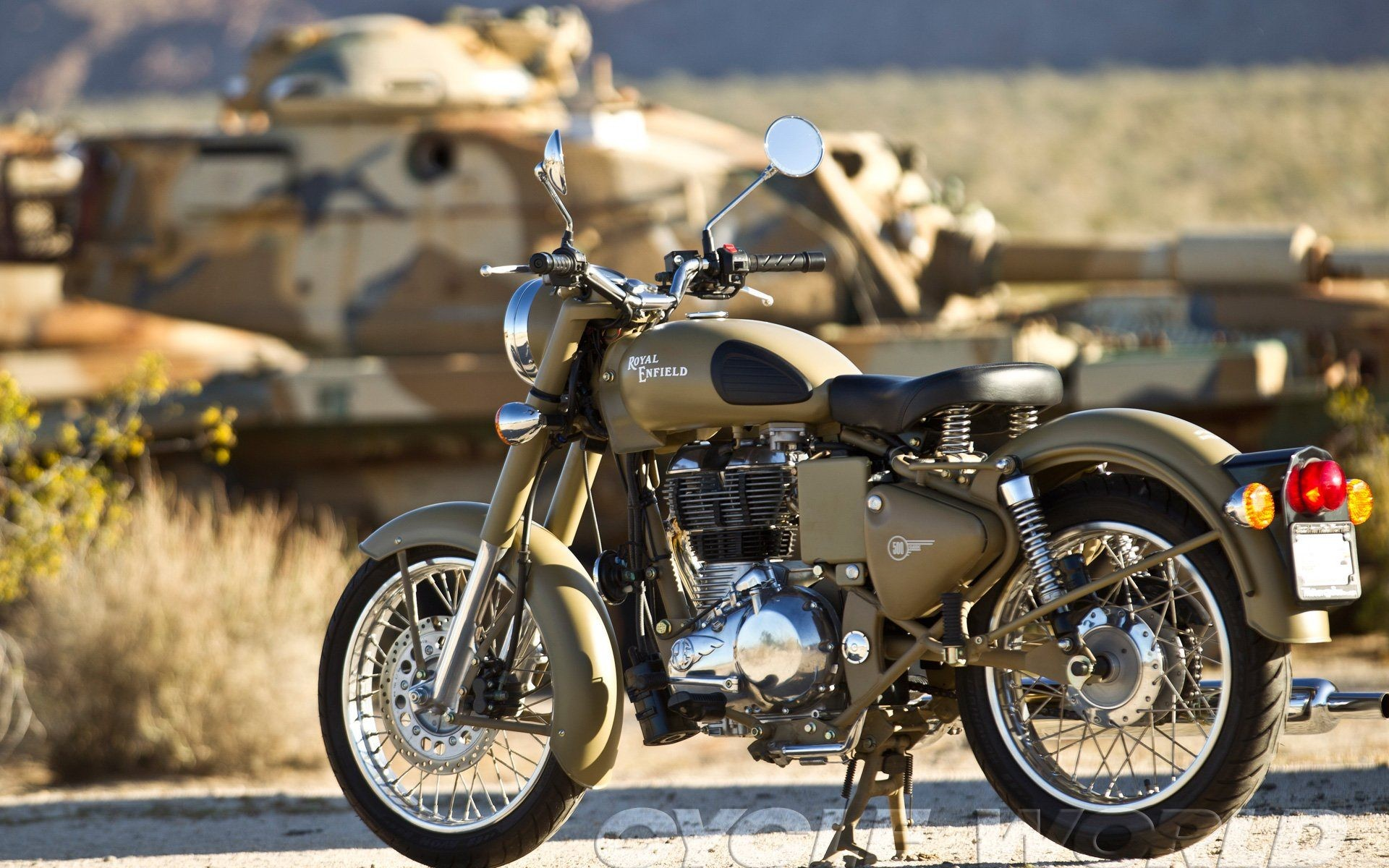350 Enfield Hd And Royal Thunderbird 500 Wallpapers