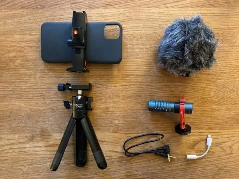Smartphone-Equipment - Visual Anthropology - Smartphone - Equipment