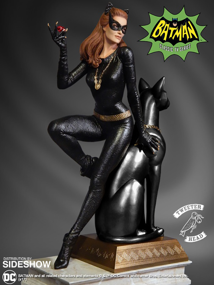 Catwoman Ruby Edition Variant - Gordy's Novelties