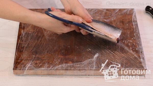 Πώς να ξεφλουδίσετε γρήγορα μια ρέγγα σε φιλέτο χωρίς οστά φωτογραφία για τη συνταγή 1