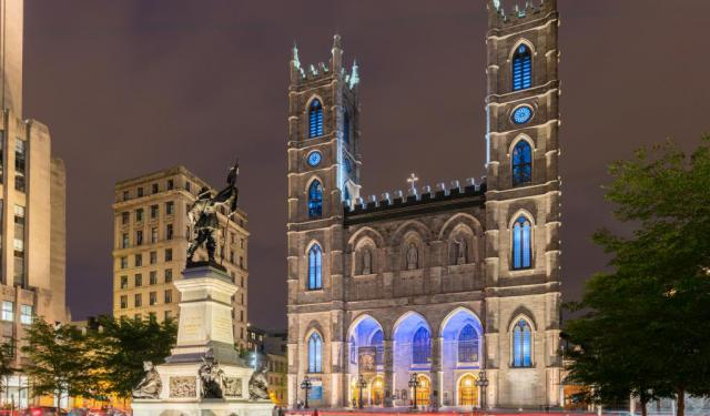 Top 17 Walking Tours In Montreal Canada To Explore The City