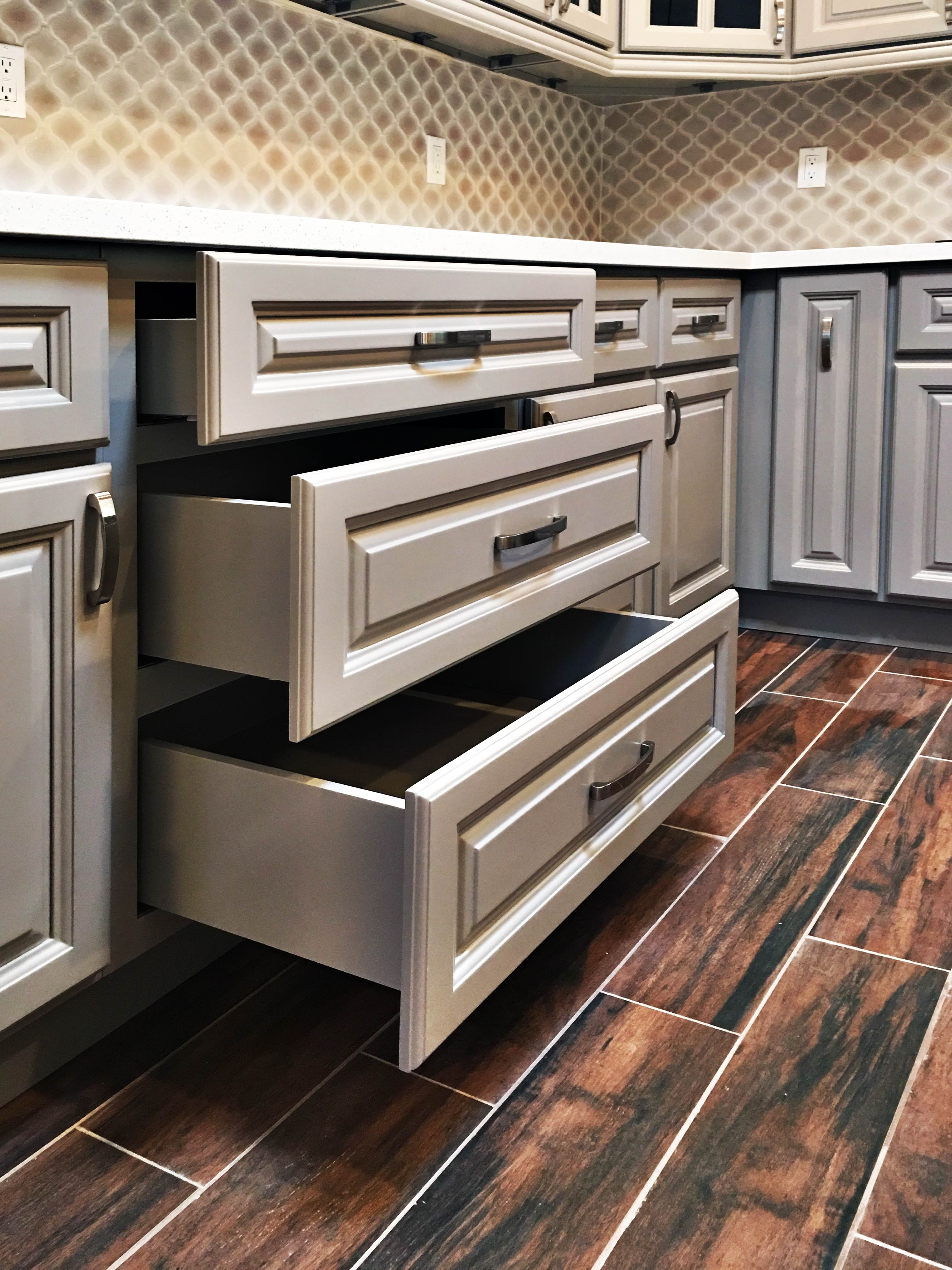 Anaheim Gray Greencastle Cabinetry