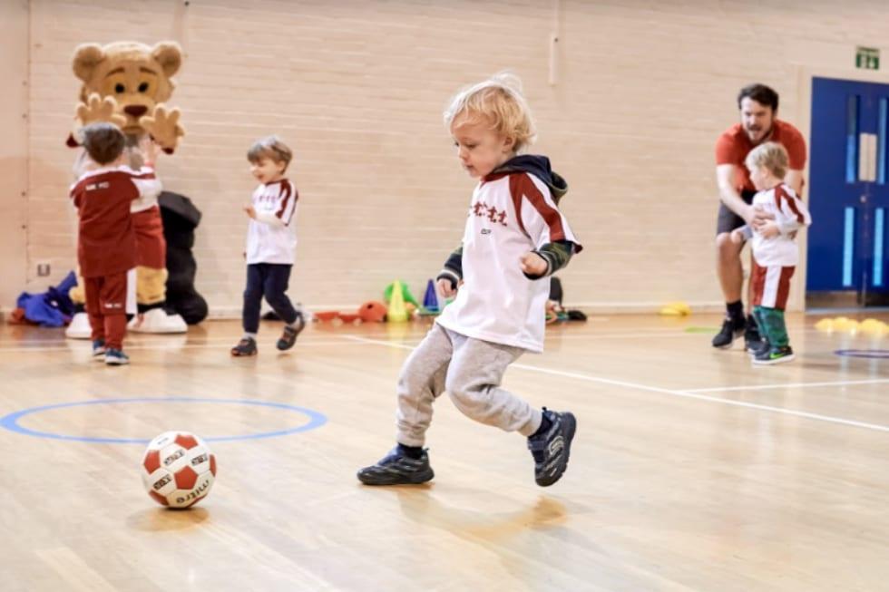 franquia little kickers