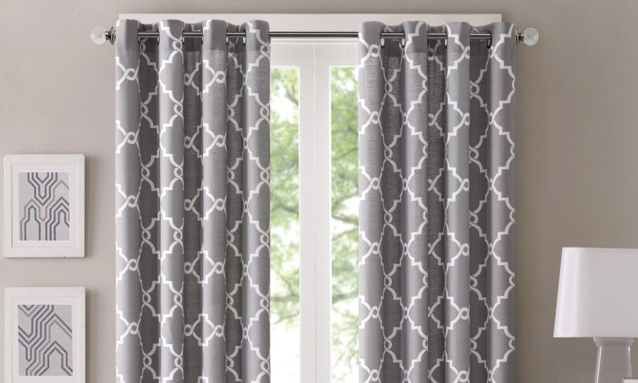 Best Types of Curtain Fabric   Overstock com Tips   Ideas Best Types of Curtain Fabrics