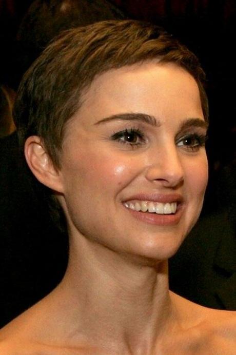 Emma Watson Messy Hair