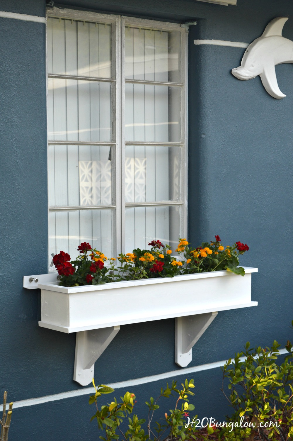 How To Build A Flower Box Planter Tutorial H20bungalow