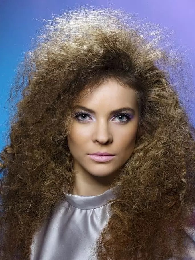 List of 33 Most Popular 80 s Hairstyles for Women  Updated  It has been playing a major role in the kingdom of hairstyle starting from  70 s  80 s  90 s to till now  The style looks so funky that we cannot deny  to put