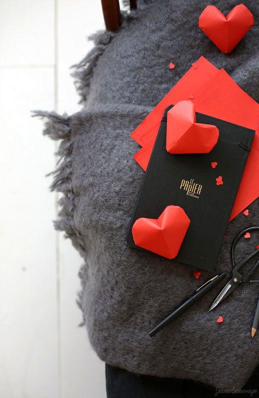 Trái tim giấy thể tích trong origami