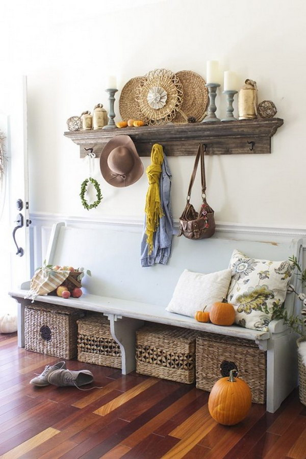 Enchanting Farmhouse Entryway Decorations For Your