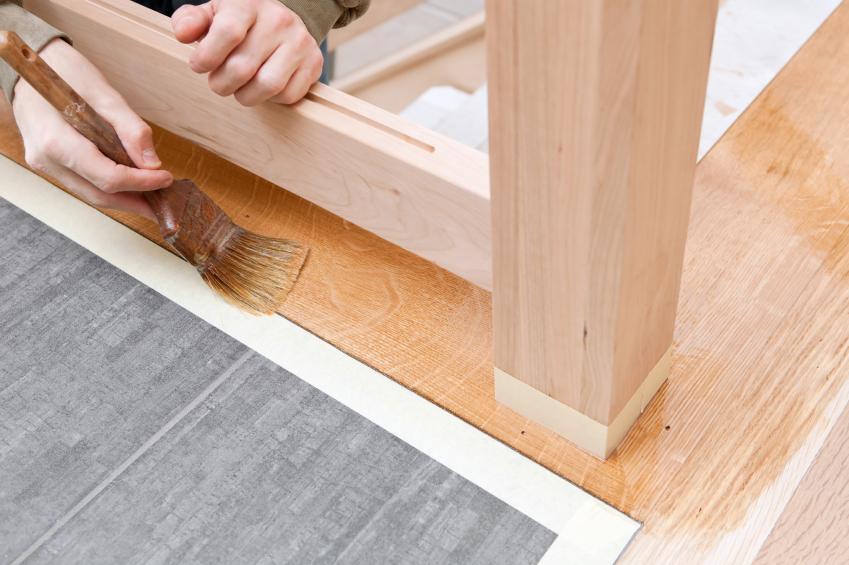 Welcher Anstrich für die Holztreppe » Ratgeber