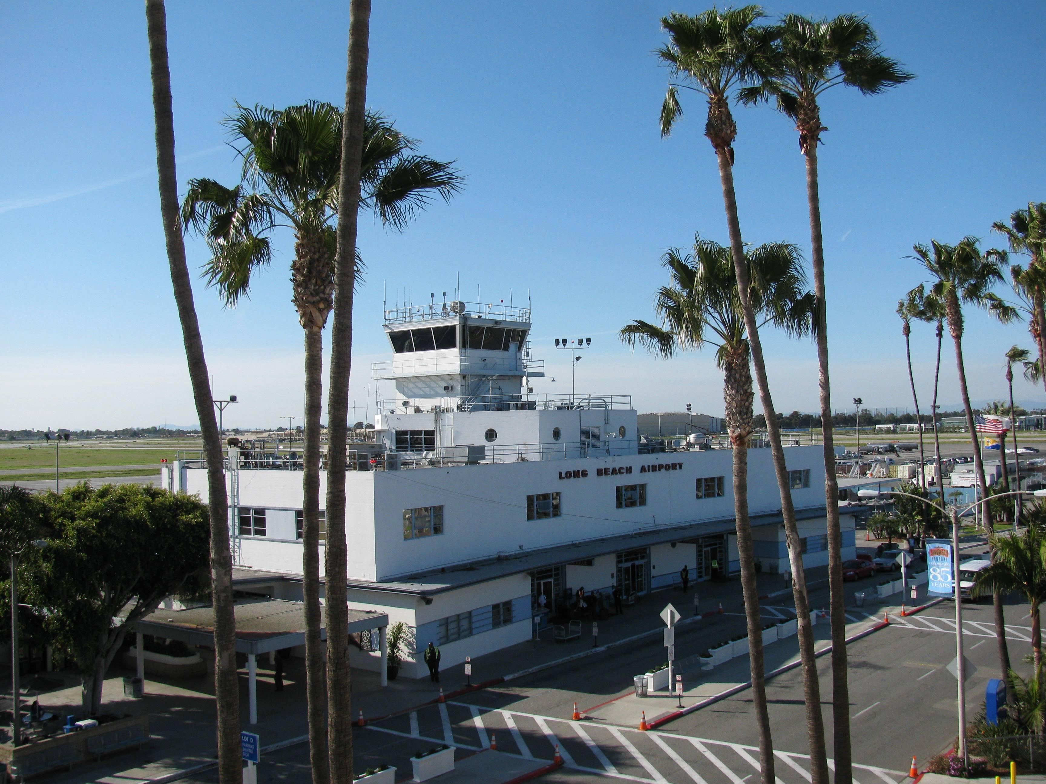 long beach airport - HD3456×2592