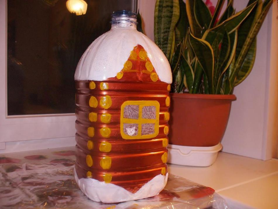 Елочные игрушки из пластиковых бутылок