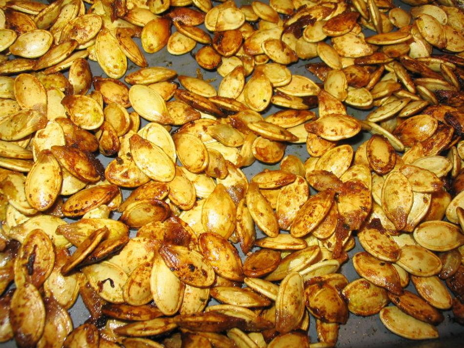 Recomendações para fritar sementes de abóbora em uma frigideira