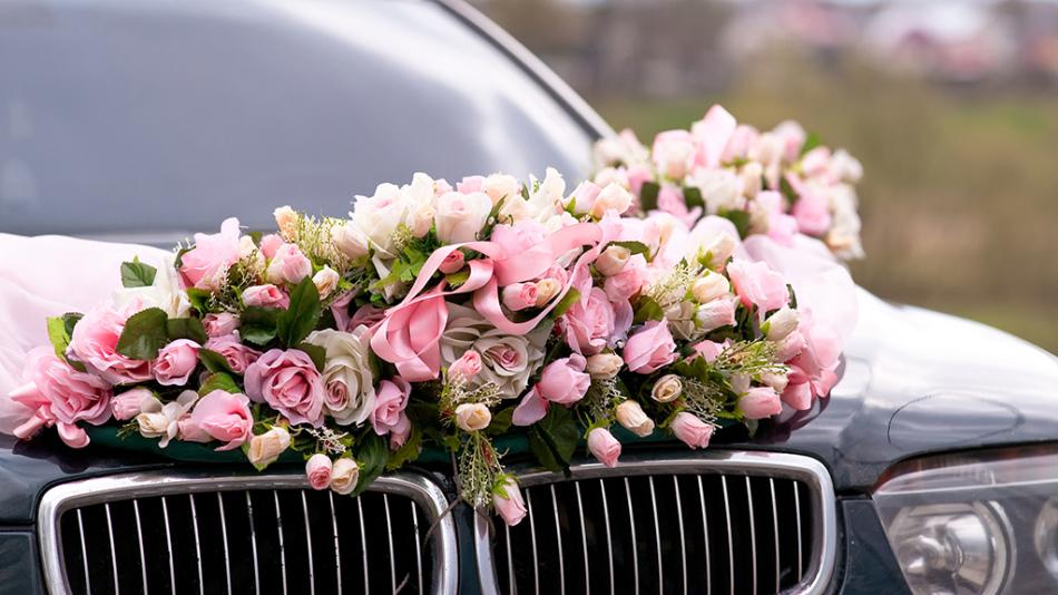 Décoration de la machine de mariage en direct fleurs