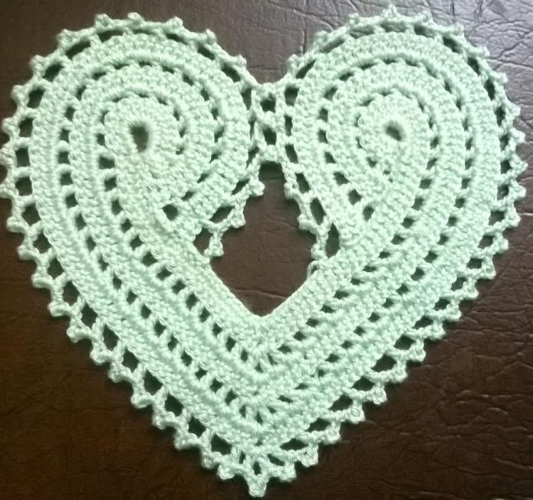 Hur man virkar en hjärtformad servett