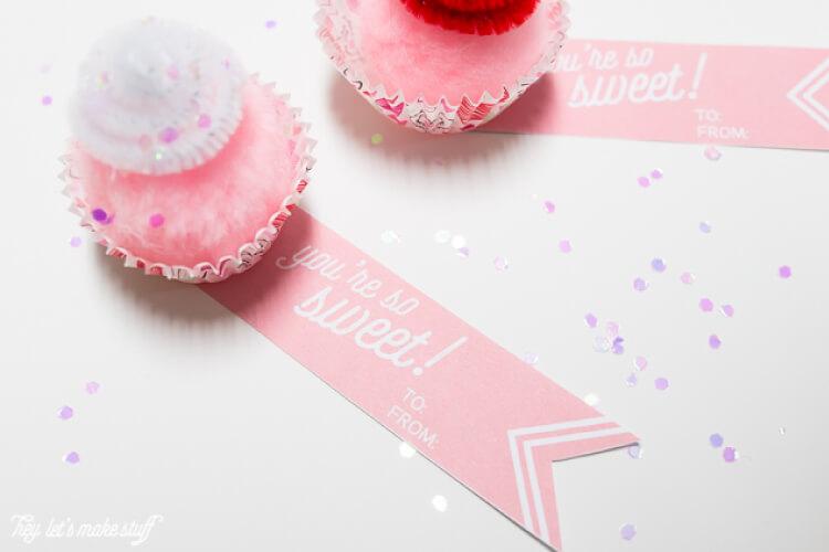 mini cupcake valentines with sweet printables