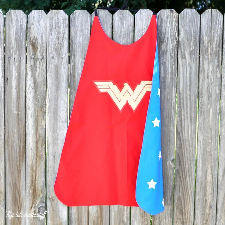 Wonder Woman DIY cape